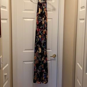 Multicolor New York and company maxi dress